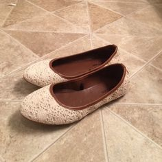 Lace flats. Never worn. Great pair of shoes. Never worn. Just want to get them out of my closet. Maurices Shoes Flats & Loafers