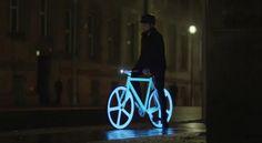 Fixed Single Speed Bike Light. I WANT THIS.