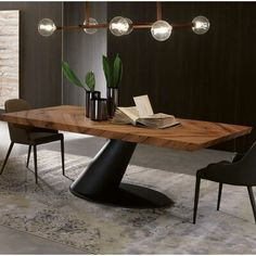 YumanMod Taurus Dining Table