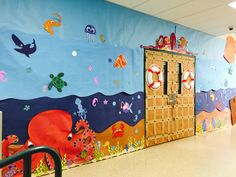 Trendy birthday board classroom under the sea ideas Under The Sea Crafts, Under The Sea Theme, Under The Sea Party, Deco Theme Marin, Submerged Vbs, Underwater Theme, School Hallways, Class Decoration, Vacation Bible School