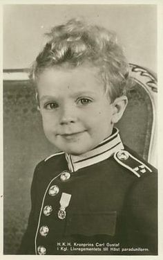 An absolutely adorable portrait of Prince Carl Gustav of Sweden. In 1950 Carl…