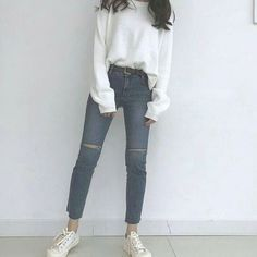 Женская мода korean style в 2019 г. ropa, estilos de moda coreanos и moda u White Converse Outfits, Edgy Outfits, Korean Outfits, Fashion Outfits, Fashion Tips, Fashion Design, Fashion Quotes, Fashion Ideas, New Fashion