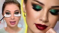 Glittery Christmas eye makeup look Christmas Makeup Look, Holiday Makeup Looks, Glitter Eye Makeup, Makeup Eyeshadow, Green Eyeshadow, Eyeshadows, Green Smokey Eye, Easy Makeup Tutorial, Makeup For Green Eyes