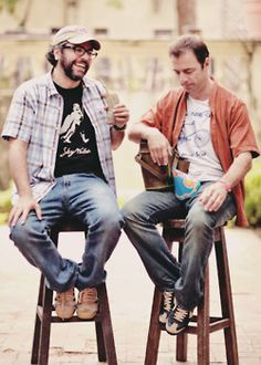 Liniers & Kevin Johansen Rick Astley, Lady Gaga, Kevin Johansen, Beatles, Latin Music, Good People, Style Icons, Hipster, Pure Products