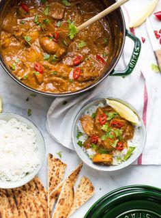 Indiase-kipcurry-met-aardappels-5 Indian Food Recipes, Asian Recipes, Healthy Recipes, Healthy Food, Pakistan Food, Caribbean Recipes, Food Is Fuel, Dali, Good Food