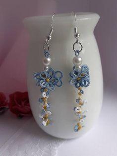 Tatting Jewelry, Lace Jewelry, Handmade Jewelry, Crochet Jewellery, Handmade Items, Flower Jewelry, Lace Earrings, Unique Earrings, Lace Flowers