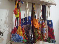 https://flic.kr/p/991oP6 | Bolsa de chita bordada com sandália .Bolsas Claudia artes e Eco-Arte