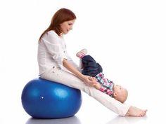 Gym Ballon, pour une gym pré et postnatale, article Babybook- ballon dispo à decathlon ;-)