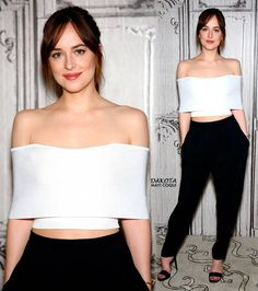 Dakota at the Q&A of #HowToBeSingle at AOL Studios today in New York (February, 04) ❤
