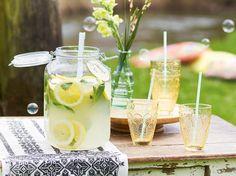 Limonade selber machen - so einfach geht's | LECKER