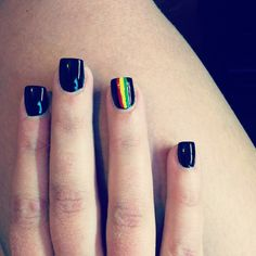 #rasta #mani - totally want to do with a rainbow stripe