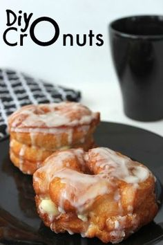 Easy DIY Cronuts Recipe 1 package refrigerated Pillsbury Uncut Crescent Sheets 1 snack-size (4-ounce) container of vanilla pudding 2 cups Powdered Sugar 1 tsp Vanilla 1 tbsp Milk Vegetable Oil (for Frying)