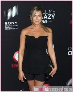 jennifer aniston jennifer is nesting in new home with justin theroux Celebrity Gossip, Celebrity News, Film Pictures, Justin Theroux, Hollywood Gossip, Jennifer Aniston, Strapless Dress, Celebrities, Dresses