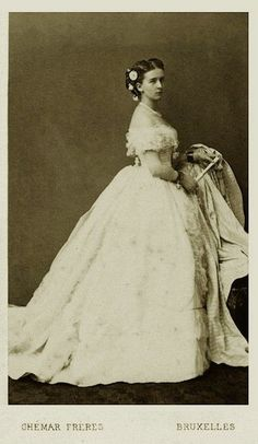 Princess Marie of Hohenzollern-Sigmaringen, Countess of Flanders