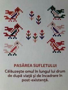 Pasarea sufletului Cross Stitch Bird, Cross Stitch Designs, Cross Stitch Patterns, Folk Embroidery, Flora, Loom Beading, Cushion Covers, Textile Design, Folk Art