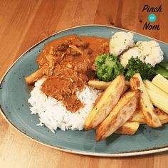 This Slimming World friendly Low Syn Beef Paprikash recipe is great for throwing in the Instant Pot (or Slow cooker in the morning so it's ready for dinner)