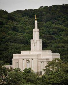 Panama City LDS Temple. Templo de Los Santos de los Últimos Días.