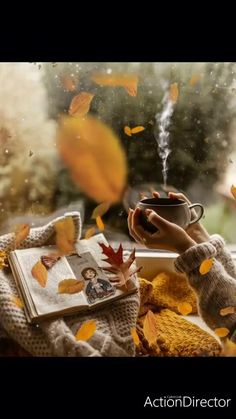 Iphone Wallpaper Fall, Nature Wallpaper, Pumkin Carving, Afternoon Quotes, Autumnal Equinox, Lovely Smile, Autumn Scenery, Disneyland, Beautiful Gif