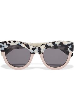 Blush, black and white acetate 100% UV protection Come in a designer-stamped hard case Made in Italy