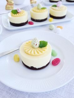 erikasfikastund Easter Parade, Fika, Holiday Desserts, Panna Cotta, Cheesecake, Sweets, Ethnic Recipes, Irene, Beautiful