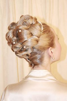 Google Image Result for http://www.wedding-splendor.net/wp-content/uploads/Elegant-Wedding-Updos.jpg