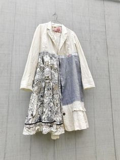 This beautiful Boho Art Jacket is the perfect piece for any season - i can see it being worn paired with a white t-shirt and your favorite pair of jeans! This one is designed to be worn open or tie it closed and I can even add a little pocket to carry the important stuff if you want - just let me know at checkout! This beautiful statement piece will turn heads for sure! This upcycled jacket is very fun and comfy! Made from cotton, linen and gold sequins and pieced together in a funky kind…