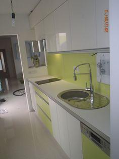Kuchyňa zelená - biela - BMV Kuchyne Sink, Home Decor, Sink Tops, Vessel Sink, Decoration Home, Room Decor, Vanity Basin, Sinks, Home Interior Design