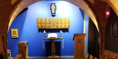 QUEEN ELIZABETH II GIFT OF A CHAPEL ROYAL IN TORONTO ~Queen Elizabeth II Chapel Royal gift Massey College University of Toronto altar interior 2017 The newest Chapel Royal: St. Catherine's Chapel at Massey College in Toronto (Picture by Patricia Treble) Toronto Pictures, University Of Toronto, Queen Elizabeth Ii, Altar, College, Interior, Gift, University, Indoor