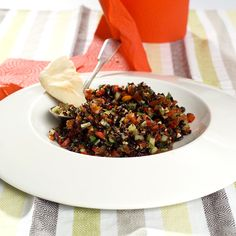 tyrkisk salat med svart ris Wild Rice Salad, Risotto, Chili, Recipies, Beef, Ethnic Recipes, Food, Dinners, Red Peppers