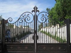 Get Beautiful Fence And Gate Design Ideas Luxury Welded Wire Hog Fence Page Wonderful Wrought Iron Security Doors Home Depot Wrought Iron Gate Designs, Wrought Iron Decor, Wrought Iron Driveway Gates, Wood Gates, Wrought Iron Security Doors, Stainless Steel Gate, Gate Decoration, Metal Design, Front Gate Design