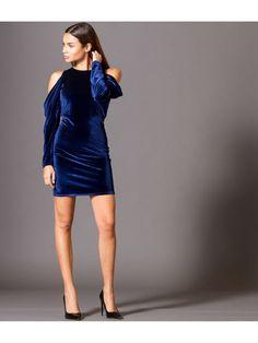 5d9922a822f3 Βελούδινο Μίνι Φόρεμα με Έξω Ώμους - Μπλε Ρουά. Φωτογραφία Μόδας