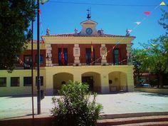 Ayuntamiento de Rivas - el de siempre, el de toda la vida. Foto de Riselo.