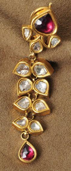 Earrings for ruby set: ruby-uncut-gold-jhumkas India Jewelry, Temple Jewellery, Gold Jewellery Design, Jewelry Patterns, Wedding Jewelry, Diamond Jewelry, Jewelry Collection, Antique Jewelry, Jewelery