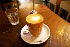 Where (and How) to Have a Coffee in Melbourne via @PlumDeluxe >> Good stuff!