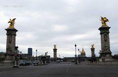 Vista del Puente Alejandro III. Al fondo se ve Inválides. Donde descansa Napoleón