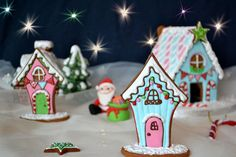 Gingerbread house cookies by deborah hwang Gingerbread House Template, Christmas Gingerbread House, Gingerbread Houses, Christmas Sugar Cookies, Christmas Sweets, Gingerbread Cookies, Christmas Decor, Christmas Themed Cake, Cookie House