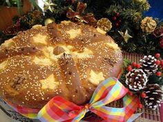 Χριστόψωμο αλλιώς by mairh Greek Christmas, Christmas Time, Christmas Bulbs, Greek Cooking, Xmas Food, Greek Recipes, Birthday Candles, Sweet Home, Holiday Decor