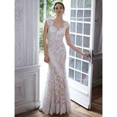 4cafa9a8923b 15 najlepších obrázkov z nástenky Svadobné šaty