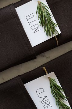 Rosemary Sprig Place Cards on black napkins Diy Place Cards, Wedding Place Cards, Diy Cards, Wedding Table, Menu Cards, Decoration Christmas, Holiday Decor, Deco Champetre, Ornaments