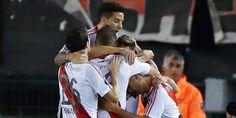 Emelec vs River Plate en vivo 27 abril 2017 - Ver partido Emelec vs River Plate en vivo 27-04-2017 por la Copa Libertadores. Horarios y canales de tv que transmiten en tu país.