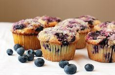 In European countries, muffins become one of the common breakfast menus. But it seems that in many other countries muffins are still limited to snacks in t Raisin Muffins, Lemon Muffins, Fruit Crumble, Muffin Mix, Gluten Free Cakes, Blue Berry Muffins, Muffin Recipes, Sweet Bread, Love Food