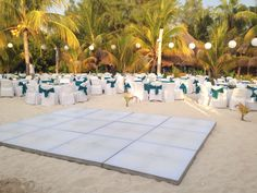 Beach Weddings /bodas en playa #islamujeres #magicalwedding