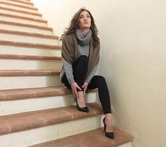 Oversize cashmere sweater in pure italian cashmere Made in Italy Christmas Scarf, Christmas Sweaters, Christmas Jumpers, Christmas Eve, Cashmere Jacket, Cashmere Jumper, Cold Weather Outfits, Christmas Gifts For Women, Elegant Outfit