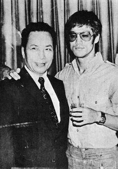 Visites aux studios Shaw Brothers et Golden Harvest - Bruce Lee Bruce Lee Master, Bruce Lee Art, Bruce Lee Photos, Way Of The Dragon, Enter The Dragon, History Of Hong Kong, Jeet Kune Do, Jet Li, Ip Man