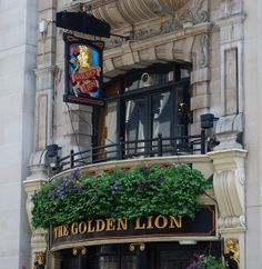 London's Picadilly, St. James and Mayfair