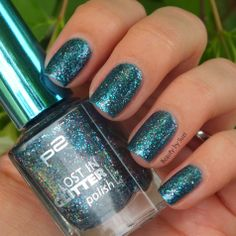 p2 Lost in Glitter, 040 Be Cool! #p2 #nails