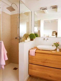 Cómo decorar un baño pequeño Upstairs Bathrooms, Downstairs Bathroom, Bathroom Renos, Laundry In Bathroom, Bathroom Interior, Small Bathroom, Diy Dream Home, Bad Styling, Relaxing Bathroom