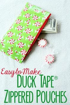 Less-Than-Perfect Life of Bliss: Easy DIY Duck Tape® Zippered Pouches // A step up from those little duct tape wallets we used to make! These would be handy organizers for your purse and would also make great gift pouches. Duct Tape Projects, Duck Tape Crafts, Washi Tape Crafts, Sewing Projects, Diy Projects, Quilting Projects, Bags For Teens, Diy For Teens, Crafts For Teens