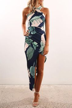 cca3292198b Sexy Halter Neck Floral Print Bodycon Dress