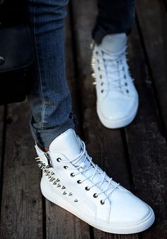 4ae46f51 Cool spiked high-top sneakers for an edgy look - Side and back zipper